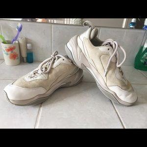 White Puma Thunder Desert Sneakers